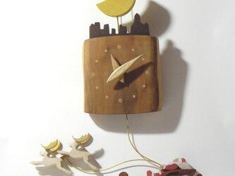 振り子時計-サンタと月の画像