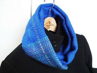 手織りスヌード シルク混 ロイヤルブルー 模様入りの画像