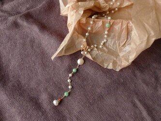 淡水パールのロザリオ風ネックレスの画像