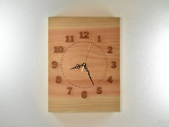檜の香り豊かで、薄いピンク色の美しい天然檜の大きな掛け時計【クオーツ時計】の画像