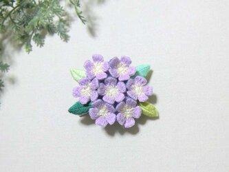 手刺繍ブローチ*薄紫花の画像