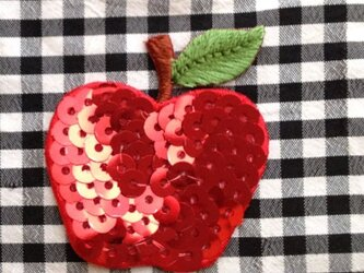 アップリケスパンコール ワッペン りんご シークイン W-0284の画像
