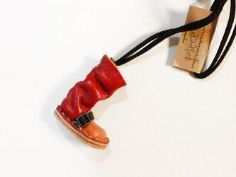 レザーワンストラップブーツネックレス<赤>の画像
