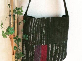 裂き織り ショルダーバッグの画像