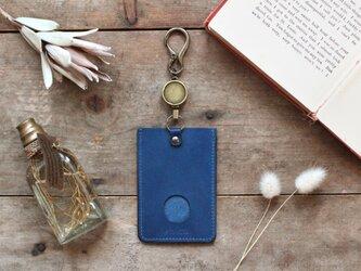藍染革[migaki] リール付ICカード・パスケースの画像