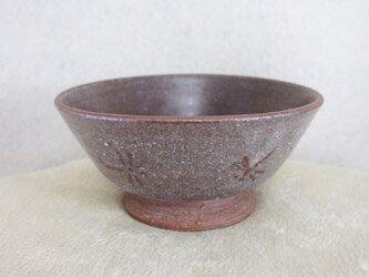 陶器ご飯茶碗(小)赤土・トンボ柄の画像