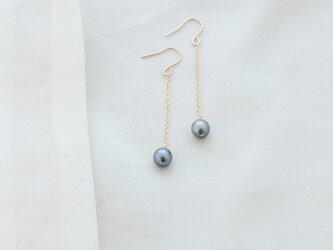 【送料無料・再出品】あこやパールのロングピアス perle grise-p2の画像