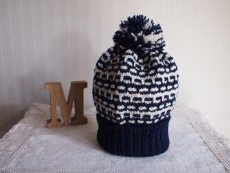 *30%off SALE* 手編み2色使いのポンポンニット帽*ネイビー×白*の画像