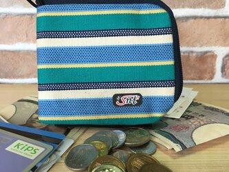 お洒落で機能的!旅に便利な、カード・お札・コイン用 先染め帆布財布 緑系生地紺ファスナーの画像