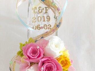 【プリザーブドフラワー/ガラスの靴ミニシリーズ】プリンセスの金色の髪の魔法のミニサイズのガラスの靴【リボンラッピング付き】の画像