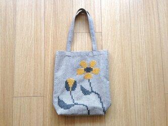 リネンバッグ 黄色いお花の画像