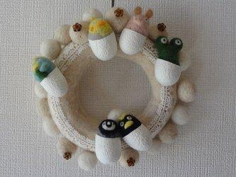 【受注制作】羊毛フェルトのモコモコリース(ホワイト) CS0097の画像