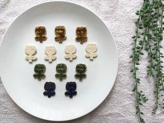 【陶土】チューリップブローチ ヘアゴムの画像