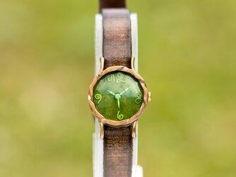 ドーム腕時計SKグリーンの画像