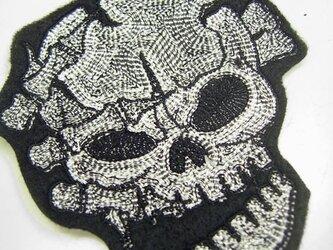 ★アップリケ★刺繍スカルワッペン★恐怖の骸骨★アイロン接着可★の画像