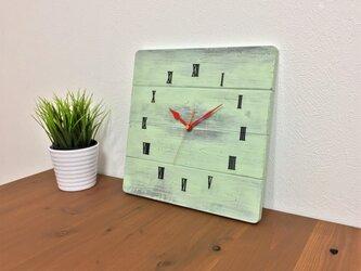 アンティーク調壁掛け時計 パステルグリーン シャビーなビンテージ風クロックの画像