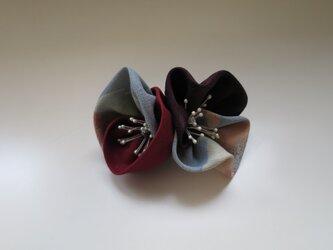 布花のブローチー5の画像