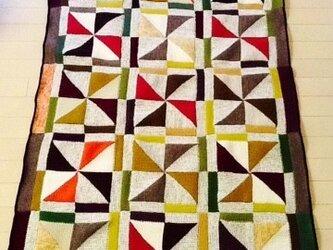 アフガン編みのソファークロスの画像