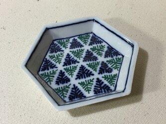 Z203 磁器染付六角小皿の画像