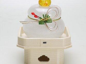 ムクガラス鏡餅(赤実松)の画像