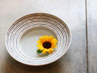 伊豆土リムストライプの大鉢(白釉)の画像