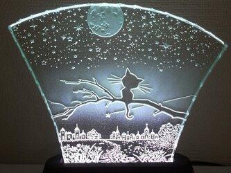 星降る夜・ネコ ガラスエッチングパネル Mサイズ・LEDスタンドセットの画像