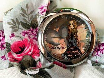 ペニーの時計【ファッションモデルのペニー】の画像