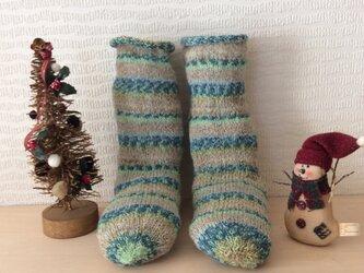 冬のあったかい毛糸の靴下の画像
