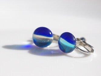 ガラス 3色イヤリング(水色×クリア×青)の画像