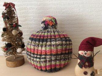 ウキウキする冬の日の帽子の画像