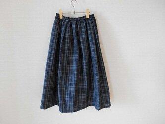 再販★黒地格子柄の紬リメイクスカートの画像