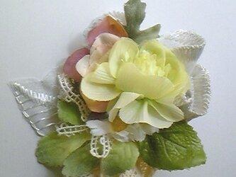 造花のブローチ♪の画像