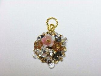 スワロフスキーの花束ペンダントトップ ゴールド系の画像