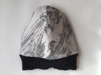 シックでROCKなニット帽(リバーシブル)の画像