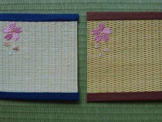 畳表を使用したコースター(桜)の画像