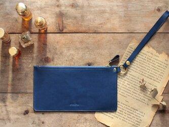 藍染革[migaki] ストラップ付ミニポーチの画像