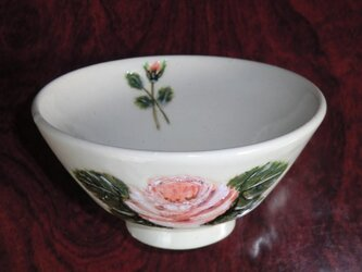 ばらの飯茶碗の画像