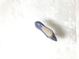 shoe shoe shoe刺繍ブローチNo.52(紫)の画像