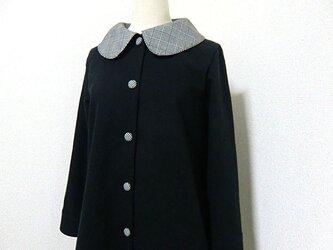 千鳥格子襟の単コートの画像