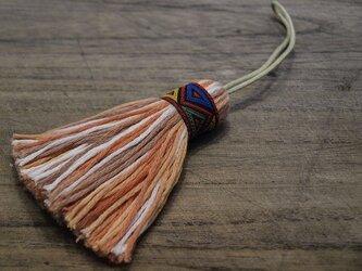 ✤オリエンタルタッセル✤ 【幾何学模様】アジアン/オリエンタル系 バッグチャーム・キーホルダー 赤リボン×オレンジの画像