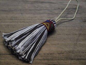 ✤オリエンタルタッセル✤ 【幾何学模様】アジアン/オリエンタル系 バッグチャーム・キーホルダー 赤リボン×ブラックの画像