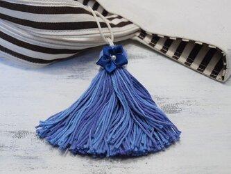 ❁サテンのお花タッセル❁ 【パール付きサテンフラワー】帯飾り・バッグチャーム・キーホルダー ブルーの画像