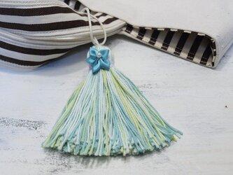 ❁サテンのお花タッセル❁ 【パール付きサテンフラワー】帯飾り・バッグチャーム・キーホルダー グリーンの画像