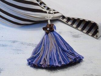 ❁サテンのお花タッセル❁ 【パール付きサテンフラワー】帯飾り・バッグチャーム・キーホルダー パープルの画像