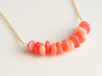ピンク珊瑚のネックレス の画像