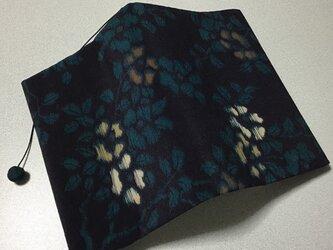 333    ☆再販☆    文庫サイズブックカバー  錦紗 椿の画像