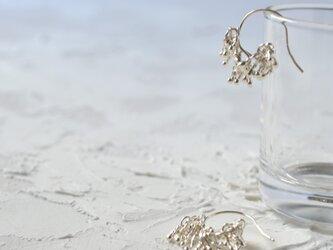 「かならず」純銀のピアスの画像