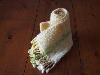手紡ぎのマフラー(黄色・黄緑・白)の画像