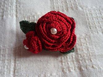 レース編み☆バラのコサージュ赤の画像