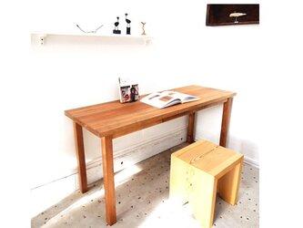 【地産地消シリーズ家具】八溝杉ワーキングテーブル 長机タイプの引き出し付の画像